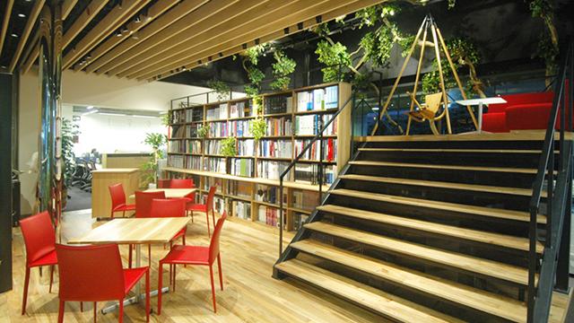 2010年、東京都新宿区西新宿へ本社移転。